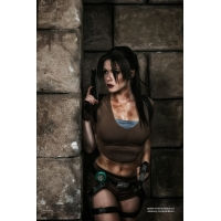 Lara Croft Cosplay captain_irachka