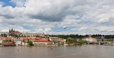 Прага набережная